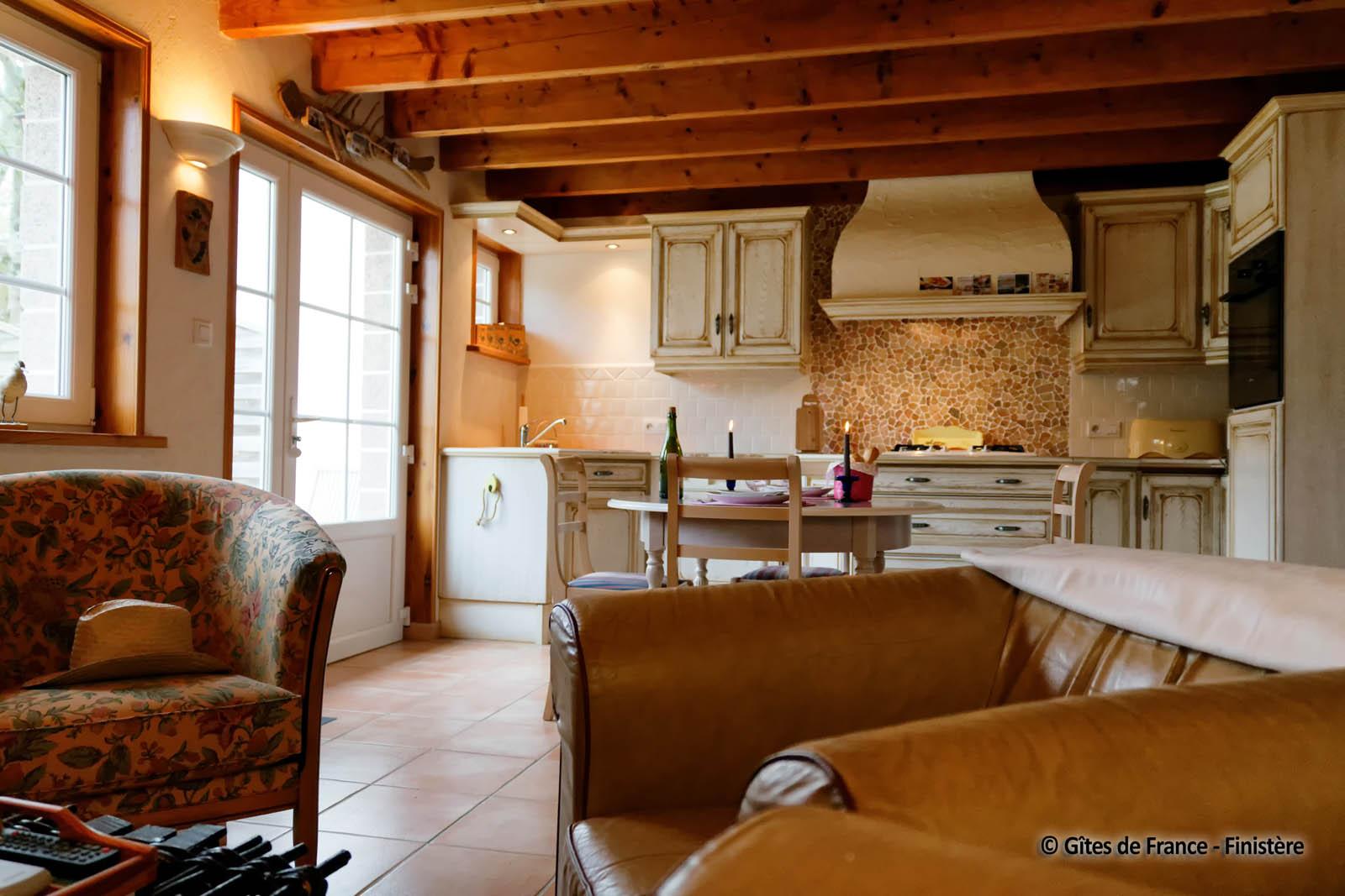 Gite Tchoutchou 2 2 2 2 2 # Living Salon Bois Emplacement Tv